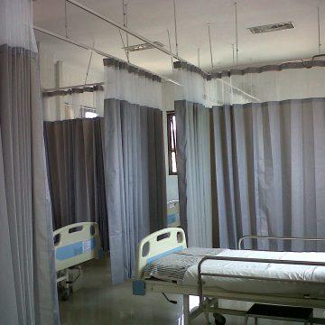 pembatas gorden rumah sakit
